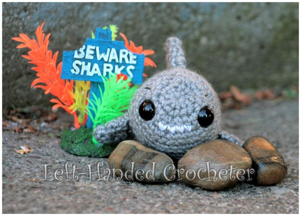 FREE Crochet Shark Pattern | Crocheted shark pattern, Crochet ... | 434x604